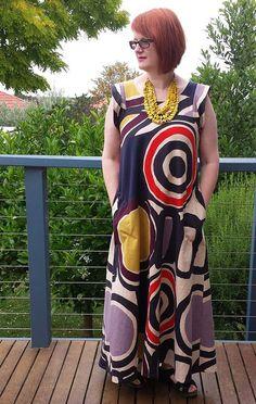 Celestial Dress variation made by Thornbury https://thornberry.wordpress.com/2014/11/24/pattern-fantastique-celestial-dress/