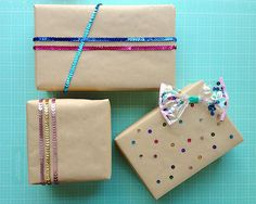 Omiyage Blogs: Wrap It With Sequins
