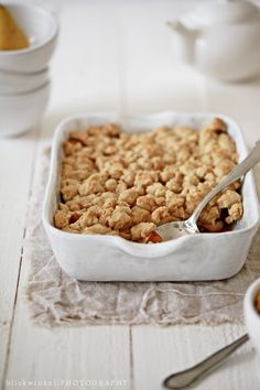 ... healthy pear and plum crumble ...