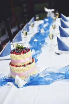 Our wedding cake. | photo: Radek Fouček (www.radekfoucek.cz)