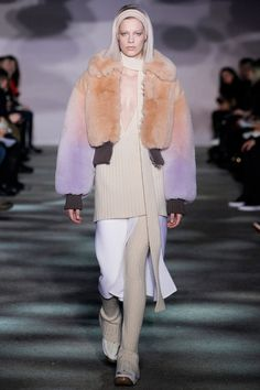 Marc Jacobs Fall 2014 RTW. #MarcJacobs #Fall2014 #NYFW full shearling collared puffer coat. ribbed long v-neck sweater.