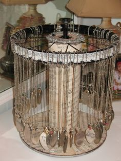 I have always wanted a spinning round jewelry display made out of a small wooden wire spool and a wheels rim... Imagine my surprise when I s...