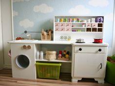 Maries Fabrik: Hjemmelavet legekøkken // Inspiration