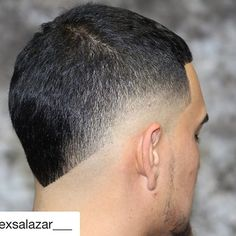 #Repost @alexsalazar___ with @repostapp ・・・ Products by Black Solutions ⚫️🔴 Haicut: Mohawk Products: Liquid Razor & SoFreshSoClean www.blacksolutions.com #TeamBlackSolutions #Islice 🔪 #BlessingHairLines 🔍