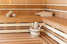 Notre sauna #relaischâteaux #maranathahotels Outdoor Furniture, Outdoor Decor, Wood, Home Decor, Grasses, White People, Decoration Home, Woodwind Instrument, Room Decor