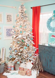 25 coastal christmas holiday trees inspired by the sea the