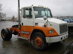 1997 Freightliner Tractor Truck w/o Sleeper for sale