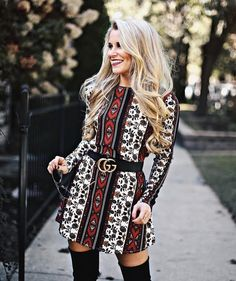 Blonde bombshell @oliviarink looking so cute in the Tyler Tunic Dress