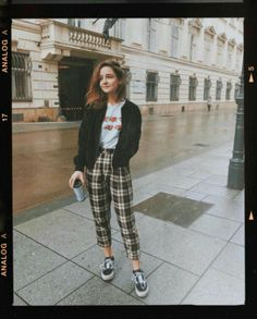 43 Special Outfits That Will Make You Look Fantastic - Luxe Fashion New Trends - Beautiful Outfit Trends Informations About 43 Special Outfits That Will Make You - Fashion Guys, Look Fashion, 90s Fashion, Korean Fashion, Fashion Outfits, Edgy Teen Fashion, Vintage Fashion 90s, Tomboy Fashion, Mode Outfits
