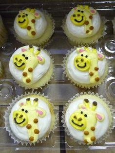 giraffe cupcakes by SweetTreets, via Flickr