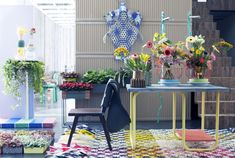 Groenbranche Trends 2018 re-assemble Outdoor Furniture Sets, Outdoor Decor, Trends 2018, Table Decorations, Home Decor, Style, Van, Flower, Tulips