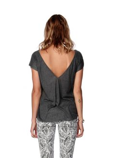 Tribe Trailer Top | RVCA     <3 the back