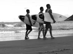 #surfers #beach #blackandwhite