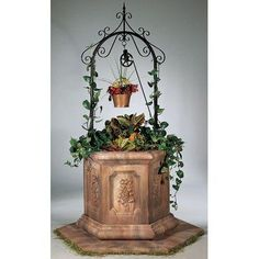 Henri Studio 4233PL Wishing Well Octagon Planter Finish: Elban Olivestone  By Henri Studio, Http