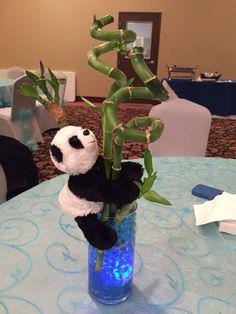 Baby shower panda center piece