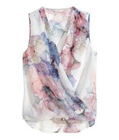 H&M floral draped blouse - pale blue blouse, ladies white blouses, polka dot blouse short sleeve *ad Chiffon Floral, Chiffon Skirt, Dark Skinny Jeans, Floral Print Shirt, Floral Blouse, Wrap Blouse, Wrap Shirt, Pink Pants, Top Pattern