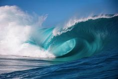 tahiti waves from behind Water Waves, Sea Waves, Sea And Ocean, Ocean Beach, Ocean Sunset, Pacific Ocean, Waves Photography, Nature Photography, Portrait Photography