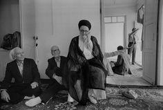 Moderate cleric Grand Ayatollah Shariatmadari in his house, Qom, 1979 Magnum Photos, Persian People, Old Photography, Cleric, American Muscle Cars, Paris, Journalism, Revolutionaries, Historical Photos