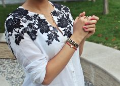 Applique lace (DIY) old blouse. Discussion on LiveInternet - Russian Service Online Diaries