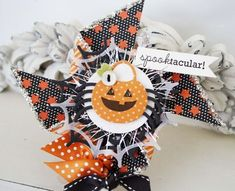 Halloween Pinwheel Embellishment by Melissa Phillips for Papertrey Ink (September 2013)