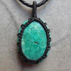 Drop turquoise pendant - macrame gemstone jewelry
