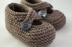 Classic Knit Baby Booties Choose Your Color by TheWoollyMommoth