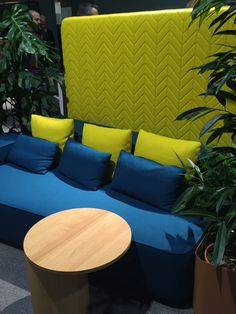 Citrus yellow and deep blues create a vibrant outdoor setting Colour Story, Outdoor Settings, Deep Blue, Color Trends, Milan, Black And Grey, Blues, Vibrant, Yellow