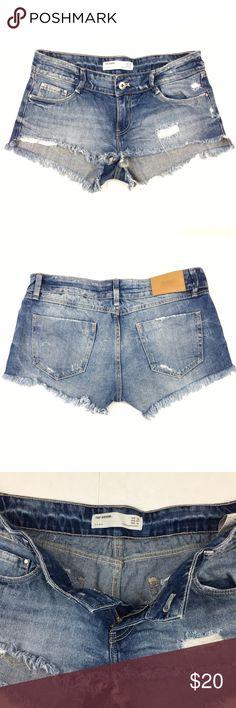 "Zara Trafaluc TRF Denim Jean Shorts Size 4 Zara Trafaluc Women's 100% Cotton Denim Shorts Size 4.  Please see measurements below for fit. Approx. measurements Laying Flat: Inseam: 1.5"" Outseam: 8"" Front Rise: 7.5"" Waist: 15"" Zara Shorts"