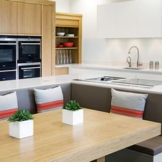 Built In Bench Seating Kitchen Layout 36 Ideas Booth Seating In Kitchen, Dining Booth, Kitchen Booths, Kitchen Layouts With Island, Kitchen Island With Seating, Kitchen Banquette, Kitchen Benches, Banquette Seating, Modern White Bathroom