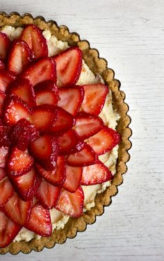 No Bake Strawberry Mascarpone Tart | Kelly Bakes