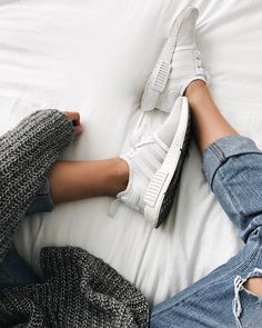 "23.8k Likes, 374 Comments - Alex Centomo (@alexcentomo) on Instagram: ""Yeah I sit on my bed with shoes  Most fav autumn #ootd  Grey sweaters and ripped jeans ☁️ What's…"""