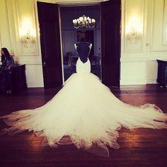 gorgeous gorgeous wedding gown!