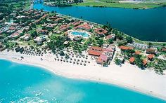 Why was Hotel Club Kawama Varadero voted by Travelucion clients? So, its stay home these vacations or go to Varadero? You're family is on a limited budget and don't have much spending money Matanzas Cuba, Varadero Cuba, Cuba Travel, Solo Travel, Beautiful Islands, Beautiful Places, Cuba Hotels, How To Fly Cheap, Last Minute Travel Deals