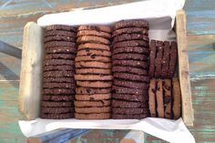 Cookies cacao e aveia com castanha de cajú