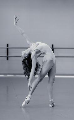 Freestyle ballerina. #Ballet_beautie #sur_les_pointes  *Ballet_beautie, sur les pointes !*