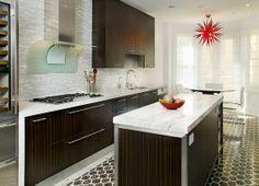 Santa Monica, California Kitchen - EMI Interior Design, Inc.