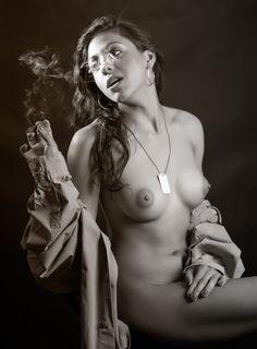 Smoke | Akty X 2014 | Reflex.cz