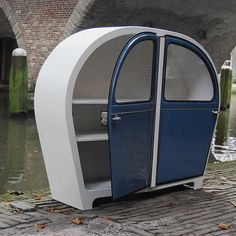 Cabinet 2CV by Jeroen Wesselink | Please subscribe to my weekly newsletter at upcycledzine.com !#upcycle