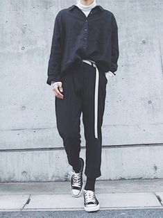 Style edgy winter fashion Ideas for 2019 Korean Fashion Trends, Korean Street Fashion, Japanese Fashion Men, Moda Streetwear, Streetwear Fashion, Quoi Porter, Mens Fashion, Fashion Outfits, Fashion Menswear