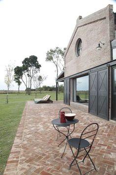 Casas Country, Farm Layout, Brick Patios, Outside Living, Concrete Patio, Modern House Design, Home Deco, Future House, Beautiful Homes