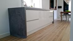 Stucces Stukadoors, Hoorn, specialist in exclusief stucwerk, betonlook, pandomo stucwerk, waterdicht stucwerk en sierpleister