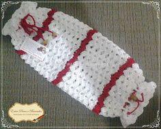 modelo grande branco com listras vermelhas