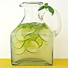 Selbstgemachte Limonade mit Gurke und Basilikum @ http://de.allrecipes.com