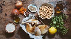 Hähnchenkeulen mit Piment, Chili, Kreuzkümmel und Kichererbsen + Aprikosen