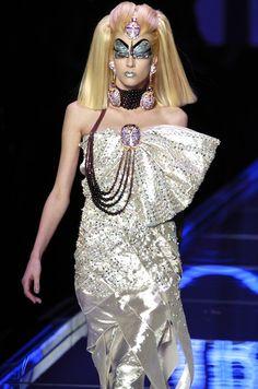 Chrisitan Dior Spring 2004 Haute Couture