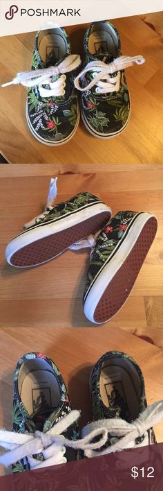 UNISEX floral VANS sz 7 toddler UNISEX floral VANS sz 7 washed and ready to wear. Vans Shoes Sneakers