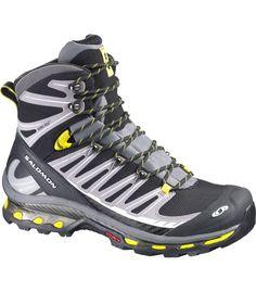 official photos f28c2 5442e El modelo de botas trekking y senderismo Cosmic 4D de la marca Salomon  Cosmic 4D para