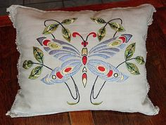 Em's Heart Antique Linens -Antique Society Silk Embroidered Pillow Sham