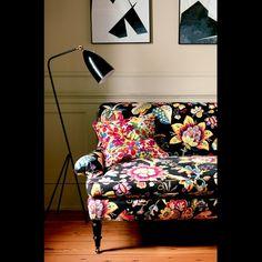12 Fun Fabrics To Brighten Up A Boring Room via @domainehome
