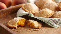 Ginger Peach Mini Pies Pumpkin Custard, Easy Pumpkin Pie, Pumpkin Pie Spice, Mini Pie Recipes, Apple Pie Recipe Easy, Sangria, Mixed Berry Pie, Refrigerated Pie Crust, Cranberry Chutney